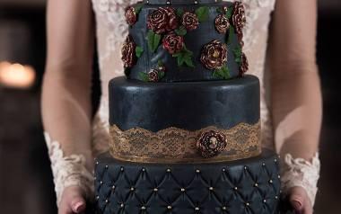 Czarne torty weselne. Będą hitem tego sezonu?