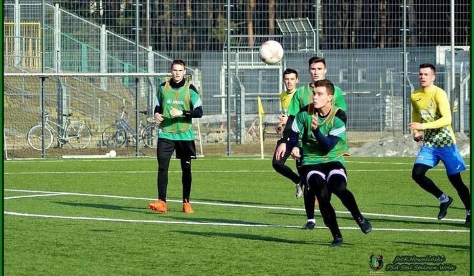 Film do artykułu: 2. liga piłkarzy. Stal Stalowa Wola wygrała sparing z Wólczanką, Siarka Tarnobrzeg zagra jutro