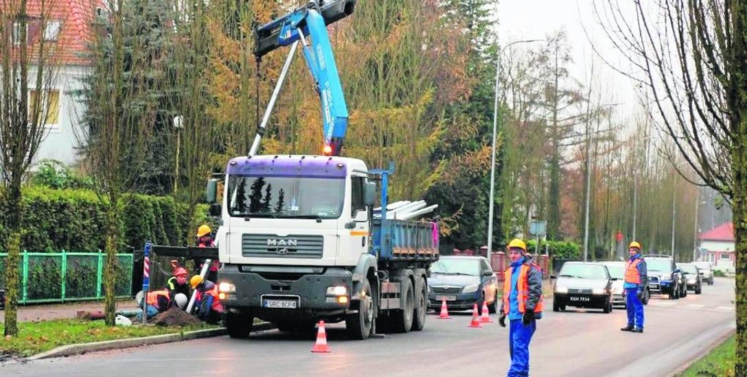Pod koniec zeszłego roku wymieniono także całe oświetlenie - łącznie ze słupami - wzdłuż ulicy Mickiewicza w Szczecinku