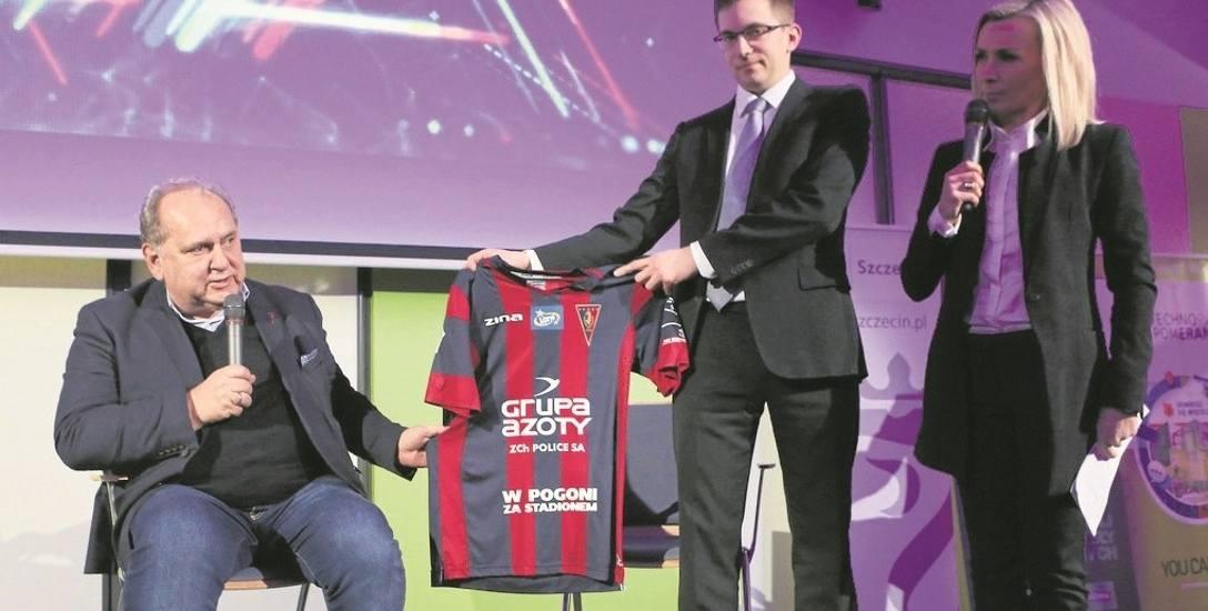 Na specjalnej konferencji prasowej prezes klubu Pogoń Jarosław Mroczek wraz z prezesem Markiem Bogackim z Fans4Club.com namawiali  do włączenia się do
