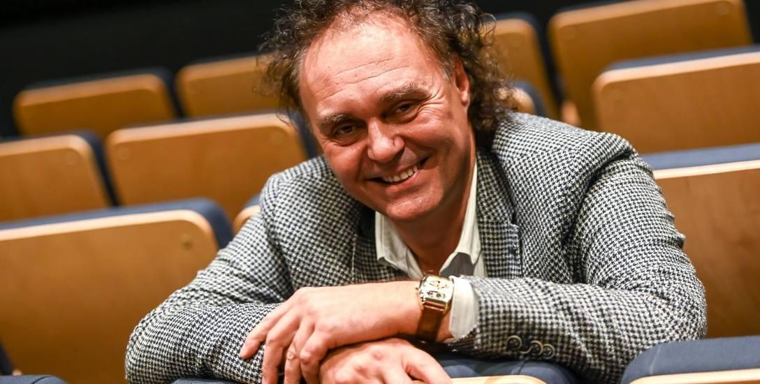 Rozmowa z Piotrem Salaberem, kompozytorem, dyrygentem i pianistą, twórcą muzyki teatralnej do wielu spektakli w Teatrze Miejskim w Gdyni