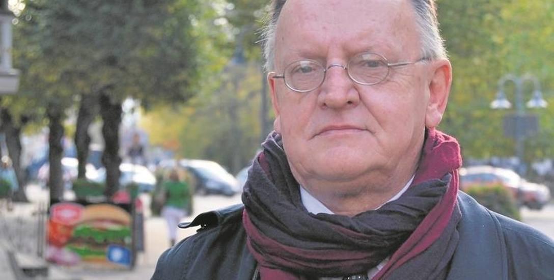 Dr Krzysztof Piekarski