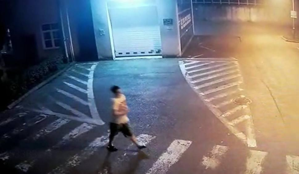 Film do artykułu: 16-letni Kamil Radiusz uciekł z Centrum Pediatrii w Sosnowcu. Jego stan jest poważny