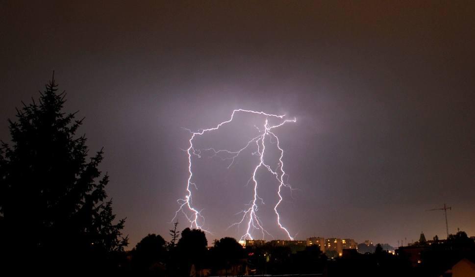 Film do artykułu: Uwaga! We wtorek czekają nas gwałtowne burze
