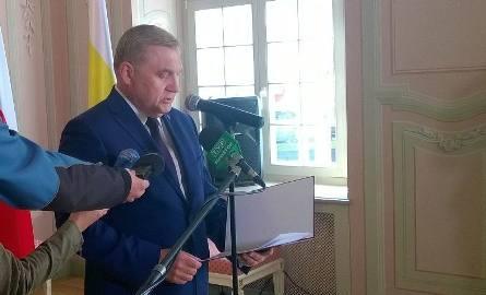 Prezydent murem za byłym wiceprezydentem