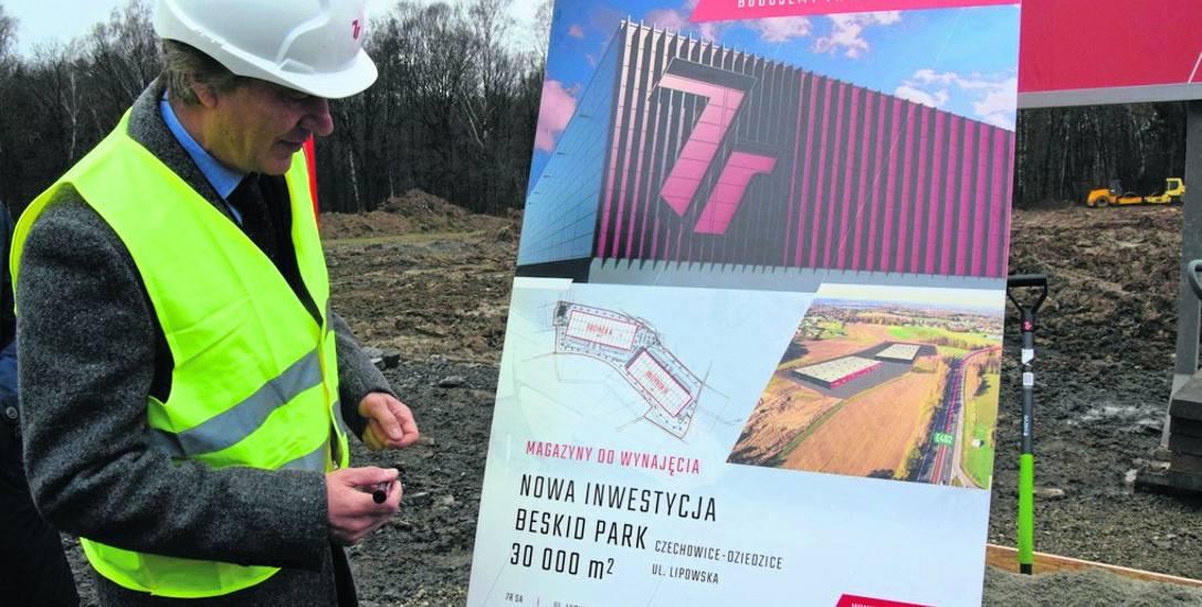 W grudniu 2017 r. przy DK 1 rozpoczęła się budowa 7R Beskid Park. Dziś magazyny są gotowe