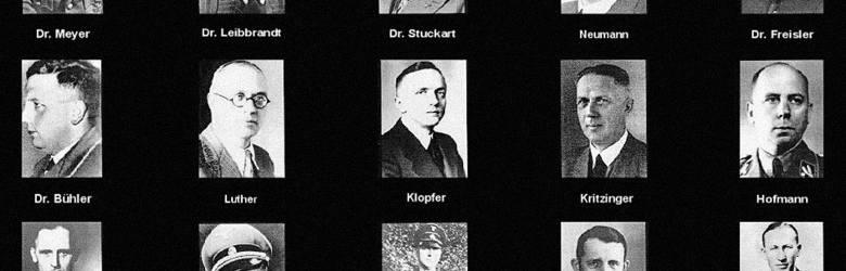 Zdjęcia wszystkich uczestników spotkania w Wannsee. W prawym dolnym rogu znajduje się zdjęcie Reinharda Heydricha