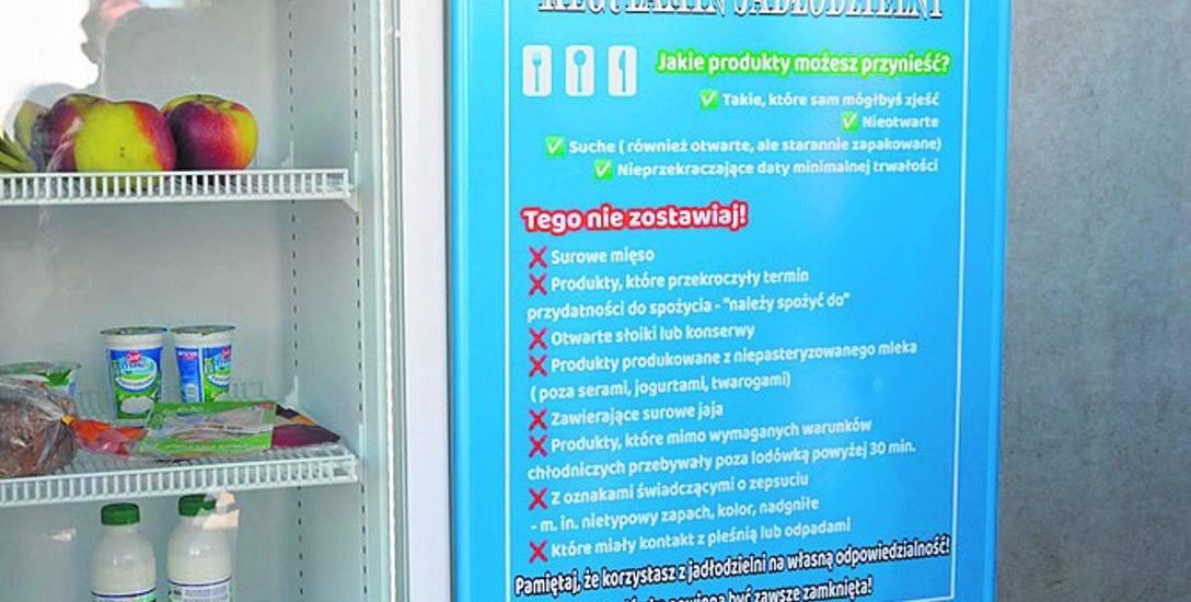Jadłodzielnia w Skierniewicach działa od wtorku (27 kwietnia). Pierwsze produkty znalazły się w niej już podczas otwarcia...