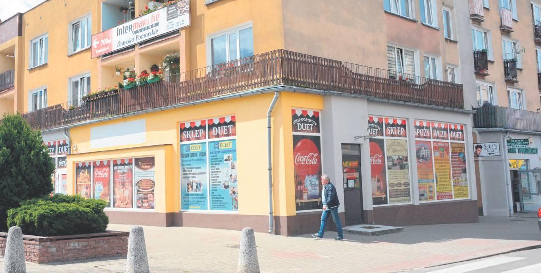 """Przez ponad 24 lata na placu Konstytucji był sklep """"Duet"""". Pod koniec roku otwarta zostanie nowa siedziba PKO BP"""