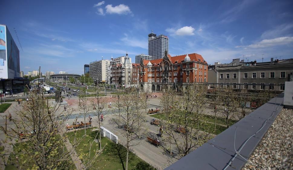 Film do artykułu: Katowice tracą miliony na pandemii koronawirusa. Tylko w kwietniu to 46 mln zł. Miasto zapowiada cięcia wydatków, również tych na inwestycje