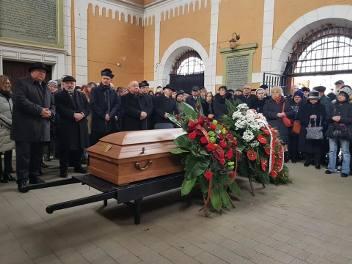 """Pogrzeb Leopolda Kozłowskiego. Krakowianie pożegnali """"ostatniego klezmera Galicji"""" [ZDJĘCIA]"""