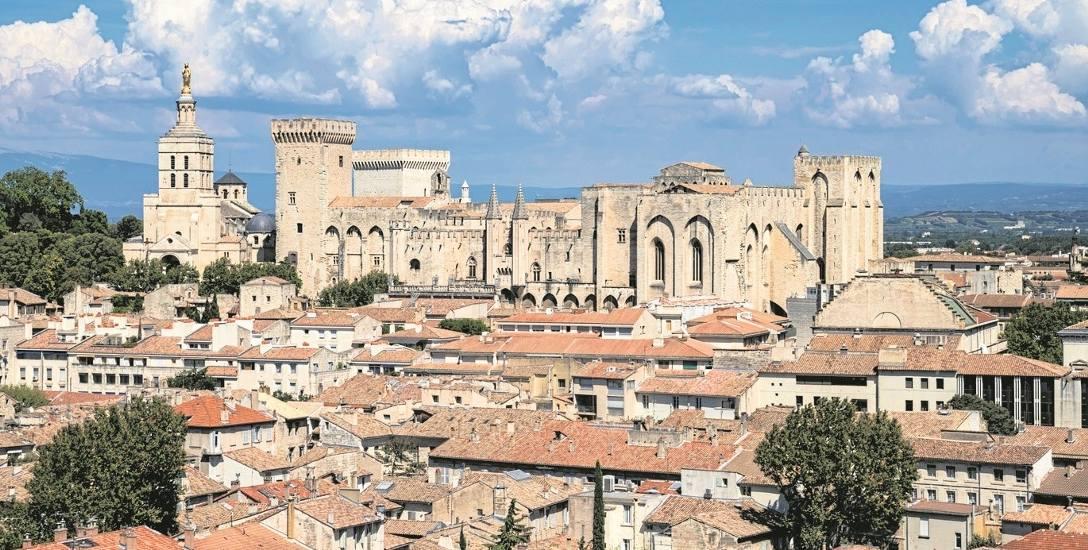 W XIV wieku francuski Awinion konkurował z Rzymem o miano stolicy chrześcijaństwa