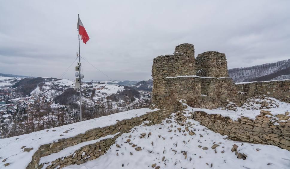 Film do artykułu: Zamek w Rytrze – idealne miejsce na feryjny spacer z rodziną