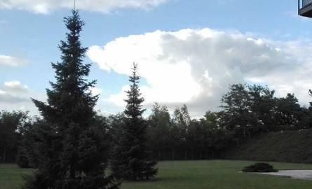 Kowadło na niebie, Milowiec, 26 lipca