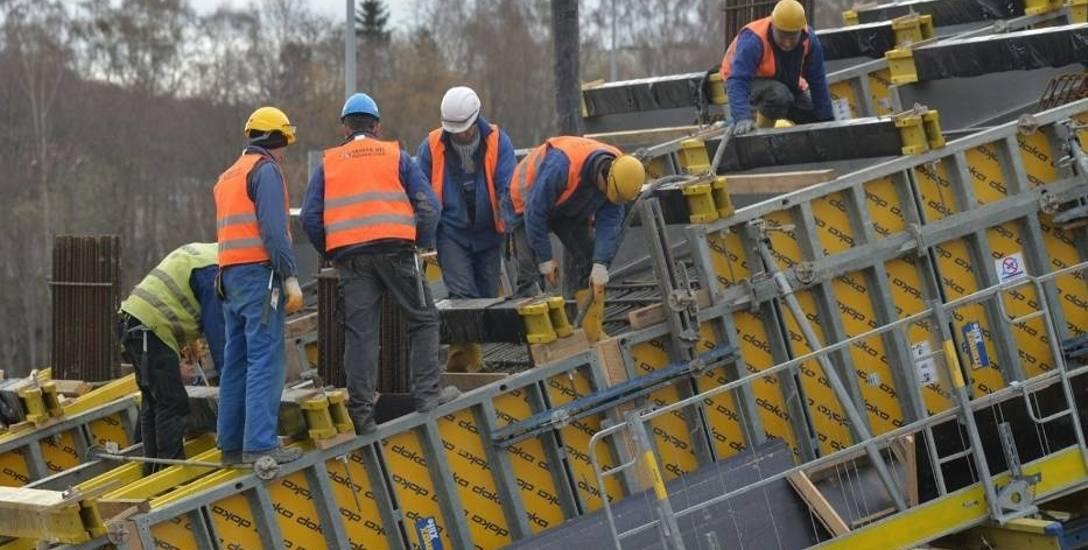 Niemieccy pracodawcy poszukują u nas m.in. pracowników budowlanych. Potrzebne jest doświadczenie (udokumentowane) oraz znajomość języka niemieckiego