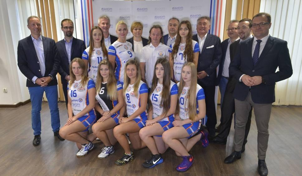 Film do artykułu: Tradycje siatkówki kobiet w Radomiu reaktywowane. Radomka zaczyna sezon w drugiej lidze