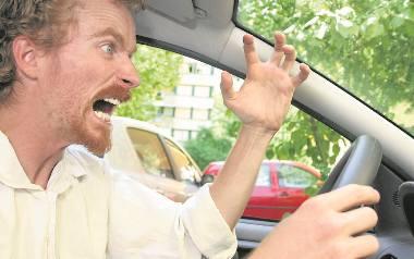 """""""No i jak jedziesz, baranie?!"""" – to zdanie najczęściej wypowiadane przez kierowców w Polsce"""