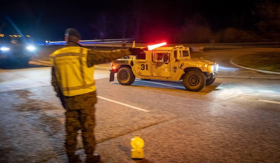 Film do artykułu: Pierwsze oddziały wojsk amerykańskich już w Polsce. Rozpoczęły się ćwiczenia Defender Europe 2020. Uwaga na wojskowe kolumny na drogach!