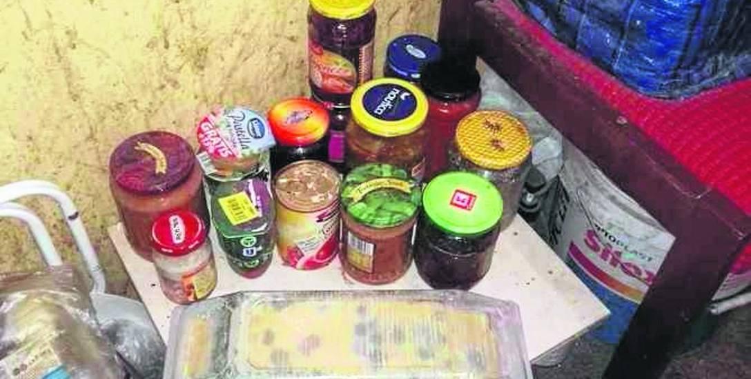 Mieszkańcy skarżą się na smród zepsutego jedzenia na klatce