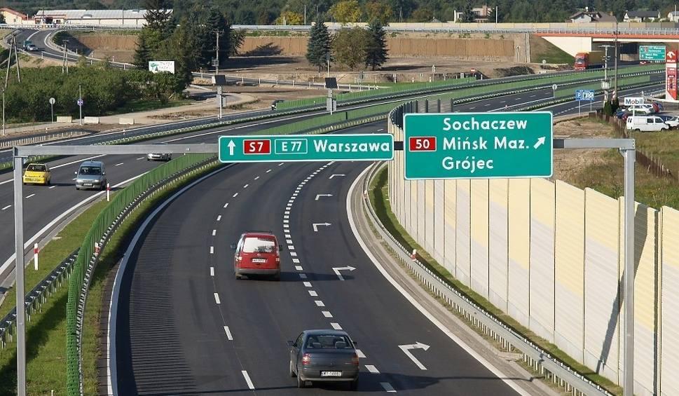Film do artykułu: Ekspresową S7 do Warszawy pojedziemy za cztery lata