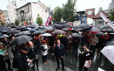 We wtorek w Łodzi i w innych miastach odbył się Czarny Protest kobiet