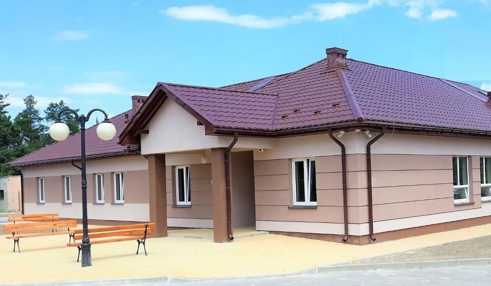 Film do artykułu: Nowy ośrodek zdrowia w gminie Ciepielów rozpoczyna działalność od 15 października. Na mieszkańców czekają darmowe badania profilaktyczne
