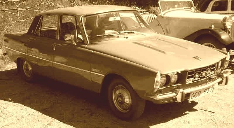 Rover 2000 - Samochód Roku 1964. Nietrudno zauważyć, że przednia część jego nadwozia stanowiła inspirację dla projektantów Polskiego Fiata 125p