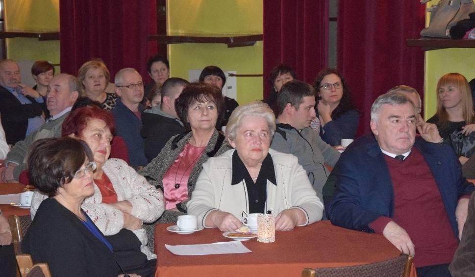 Film do artykułu: W Skarżysku śpiewali Kaczmarskiego dla Fundacji Daj Szansę
