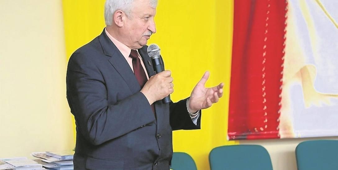 Trzynasta pensja burmistrza Władysława Biedy za 2017 rok wyniosła 8495,67 zł brutto. W całym urzędzie wypłacono 202 tys. zł