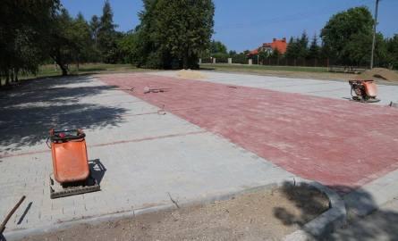 Nowe parkingi, monitoring i droga na osiedlu Skałka w Starachowicach