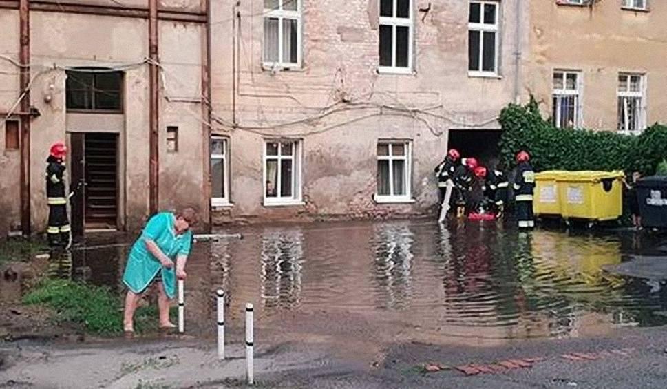 Film do artykułu: Wodociągi kontra siły przyrody - po niedzielnej ulewie w Bydgoszczy
