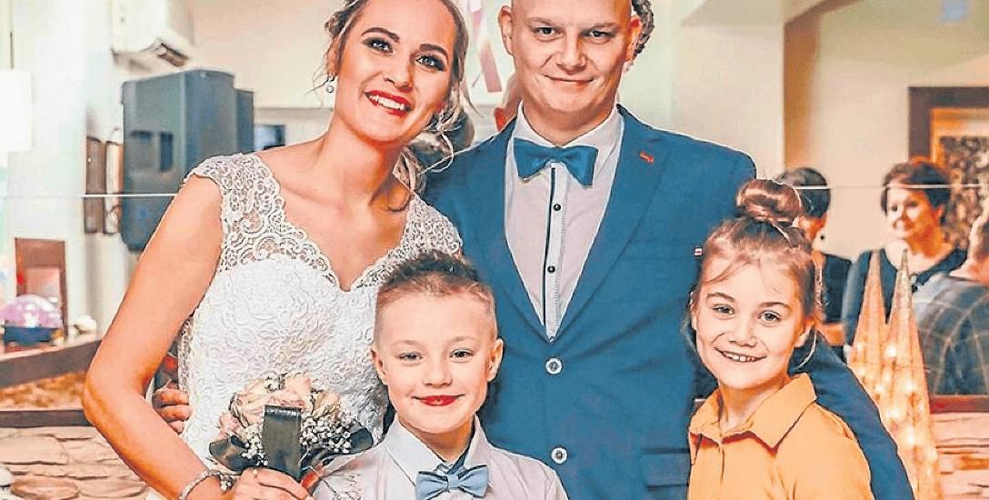 Sandra i Damian Ratajczakowie, małżeństwo ma trójkę dzieci