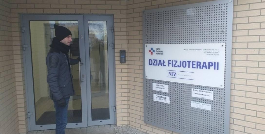 Paweł Sworek z Rzepina poszedł zapisać się na rehabilitację. Niestety zastał zamknięte drzwi