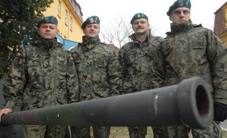 Od lewej: młodszy chorąży sztabowy Mariusz Gola, kapitan Paweł Wąsowicz, porucznik Ryszard Czerwiński i kapitan Wojciech Gil