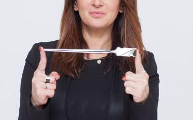 Agnieszka Bereś to absolwentka Wydziału Sztuki na Uniwersytecie Rzeszowskim, prekursorka i Ambasadorka Calligraphy Cut w Polsce. Fryzjer - stylista.