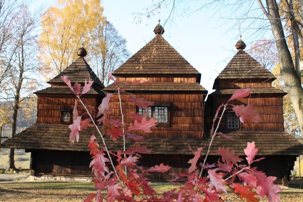 Jedyna zachowana cerkiew w stylu bojkowskim wpisana została w 2012 roku na listę UNESCO
