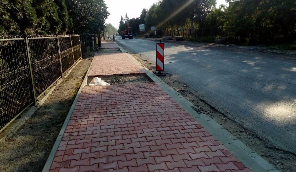 Film do artykułu: Przebudowa ulicy Radomskiej w Wierzbicy. Finał remontu drogi będzie opóźniony