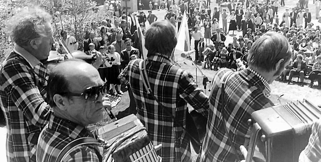 Majówki PRL. Kapele podwórkowe bawiły łodzian w parku na Zdrowiu - rok 1982