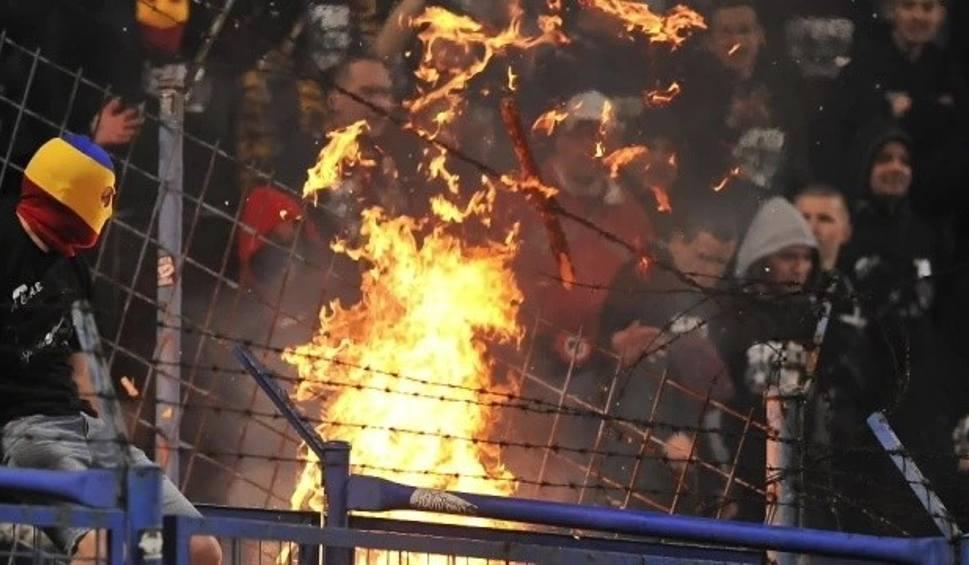 Film do artykułu: Egipt: 11 pseudokibiców skazanych na śmierć w związku z zamieszkami z 2012 roku