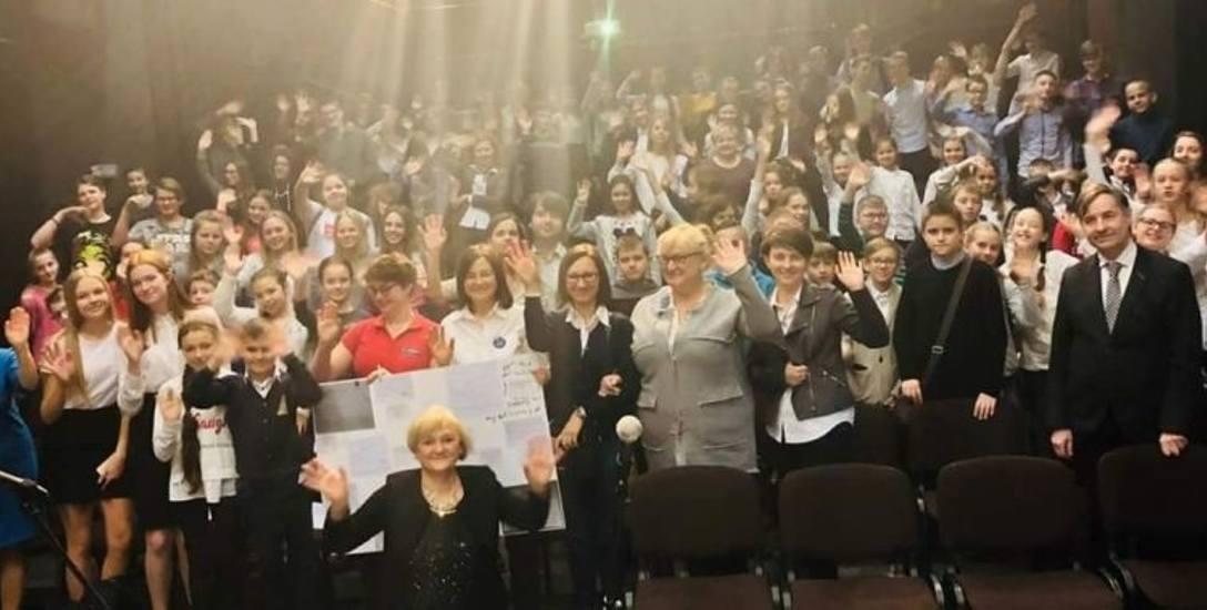 """Finał akcji społecznej """"Misja: Pomocna dłoń dla Aleppo"""" w Łodzi"""