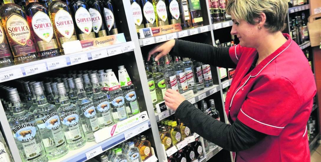 Czy wprowadzenie zakazu sprzedaży alkoholi nocą w Toruniu w godzinach od 22 do 6 jest właściwe?