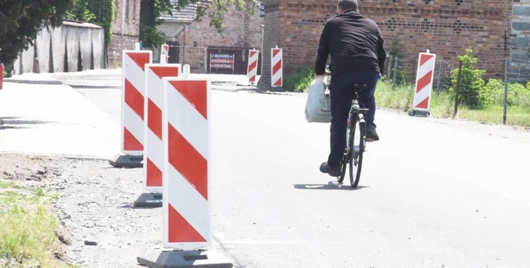 Remont drogi w Wężyskach (gmina Krosno Odrzańskie).