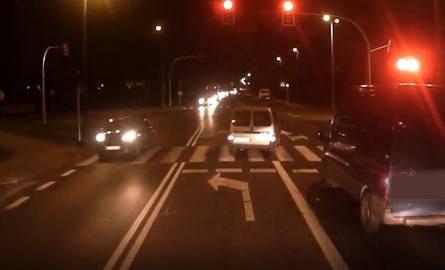 Piraci na drogach w Toruniu i okolicach. Zobacz wideo!