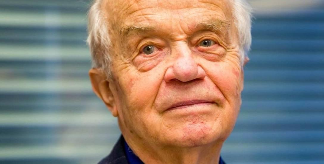 Prof. Zbigniew Puchalski z białostocką Kliniką Chirurgii Ogólnej (obecnie I Klinika Chirurgii Ogólnej i Endokrynologicznej UMB) był związany przez kilkadziesiąt