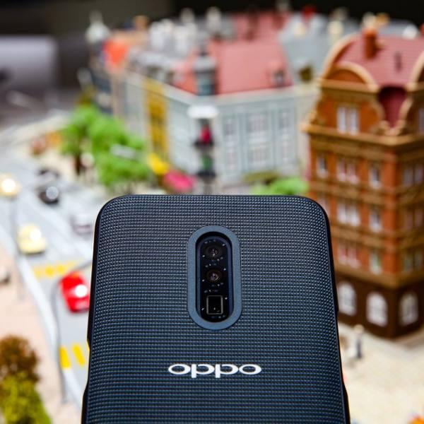 MWC 2019: Oppo pokazało smartfon wyposażony w aparat z 10-krotnym, bezstratnym zoomem ZDJĘCIA, WIDEO