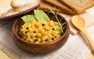 Groch z kapustą to tradycyjne wigilijne danie.