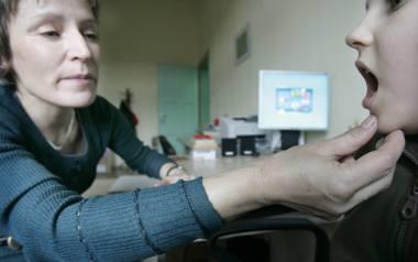 W ramach bezpłatnej pomocy terapeutycznej dzieci mogą mieć np. zajęcia z logopedą