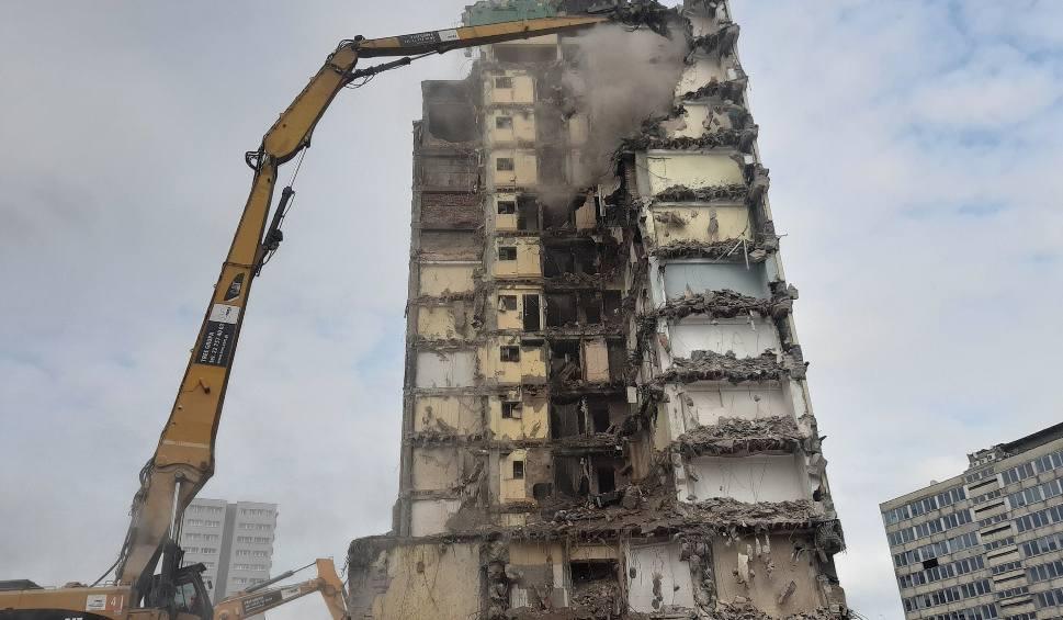 Film do artykułu: Rozbiórka hotelu Silesia. Znika fragment wschodniej ściany ZDJĘCIA