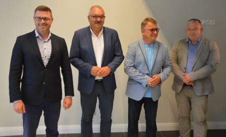 W konferencji uczestniczyli (od lewej):  wiceprzewodniczący Rady Programowej DRS Jerzy Michalak, marszałek województwa i przewodniczący DRS Cezary Przybylski,
