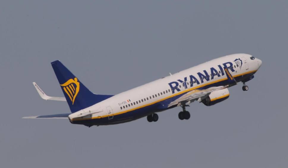 Film do artykułu: Samoloty z logo Ryanair nie będą już latać w Polsce. Firmę zastąpią inne linie lotnicze